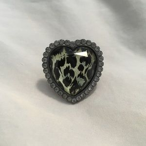 Betsey Johnson Gray Crystal Leopard Ring Size 8